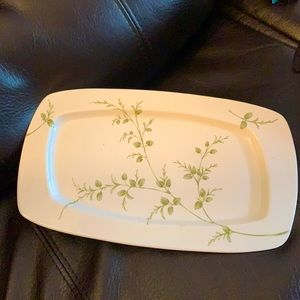 Partylite Plate, Free with purchase of 3 items..